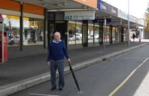 Fremantle shop owner wins 64-year legal fight to build a bike shed on his footpath