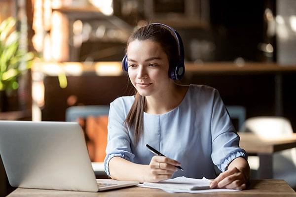 Прослушивание слов, фраз и предложений