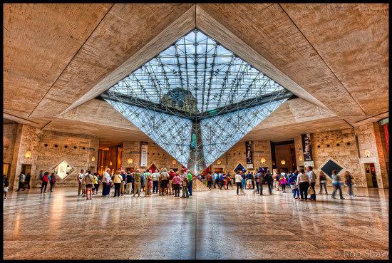 louvre-inverted-pyramid.jpg