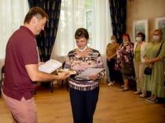 Депутаты горсовета поздравили социальных работников Смоленска