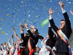 Глава региона поздравил смоленских выпускников с окончанием школ