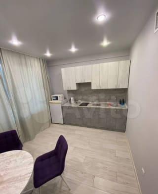 1-к. квартира, 42м², 2/10эт.
