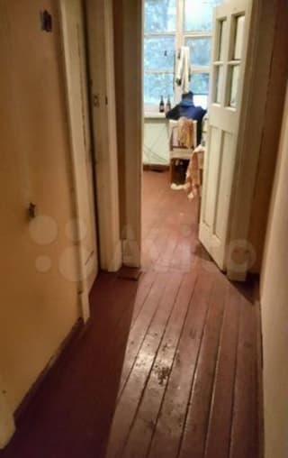 Комната 20м² в 3-к., 2/2эт.
