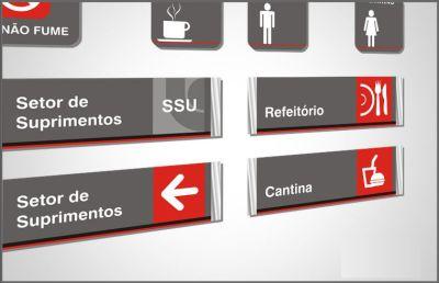 A Empresa Cerbisoriani desenvolve produtos para sinalização interna e externa - quem somos