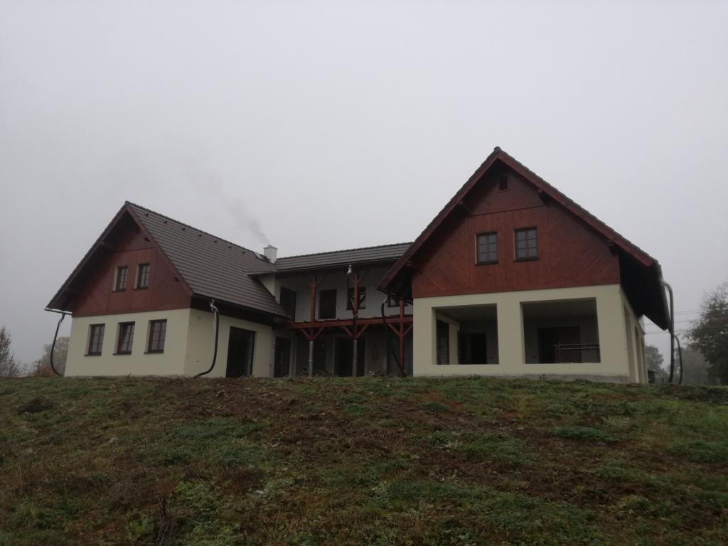 Rodinný dům Troskovicepřed