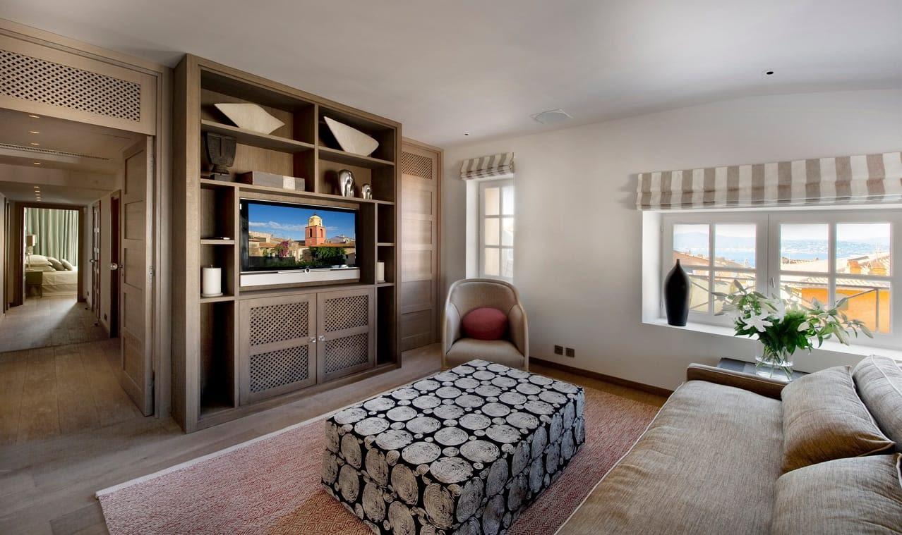 La Citadelle Apartment Interior