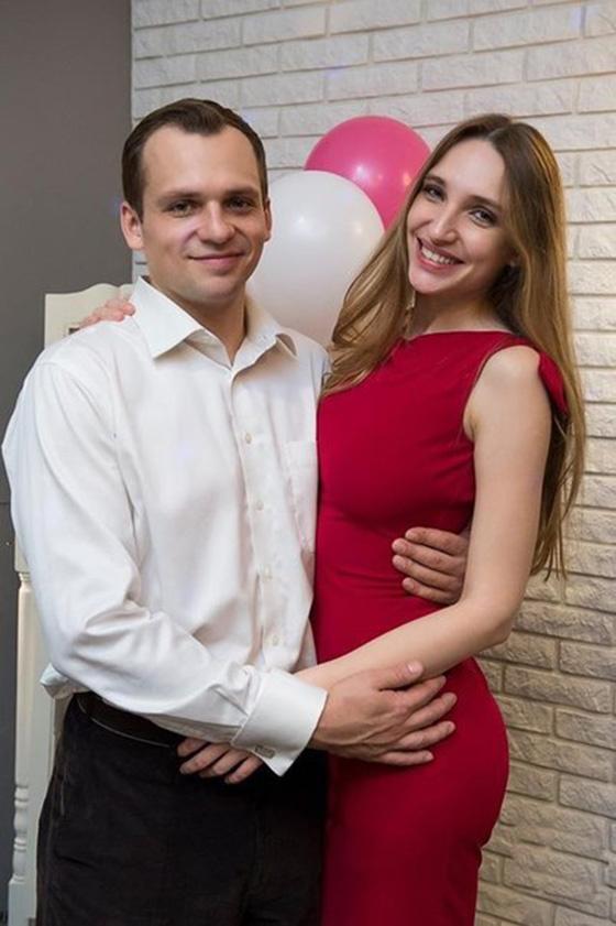 Жена уехала от перенесшего инсульт Алексея Янина