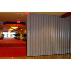 Cornell Tranzform® Sound Accordion Partitions red-carpet-tranzform-edited.tmb-prod-md.jpg?sfvrsn=ad45426d_2