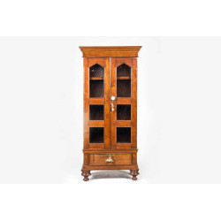 F325 Display cabinet