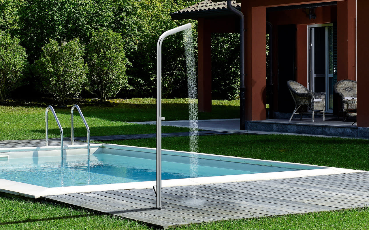 Swimming Pools, Tubs  & Showers