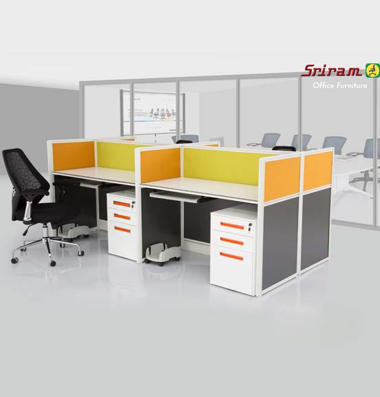 M 32 Workstations
