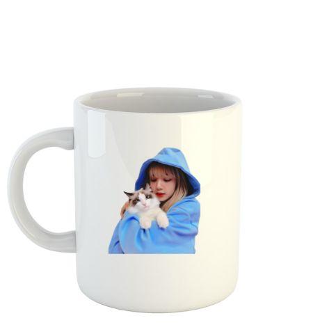 Lalisa in blue hoodie