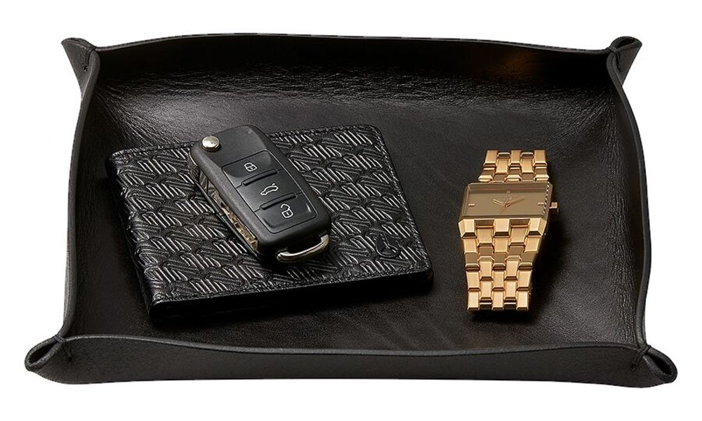 C2937 000 view2 xz3xkp - 15 Valet Trays to Organize Your EDC: What's your choice?