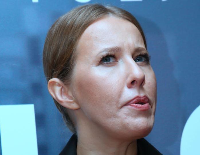 «Сделала тест на коронавирус и фотошоп»: Собчак напугала подписчиков новой фотографией