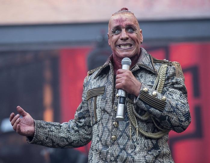 Тест отрицательный: солист группы Rammstein не болен коронавирусом