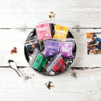 7 Loose Leaf Tea Gift Set With Storage Tin and Tea Diffuser