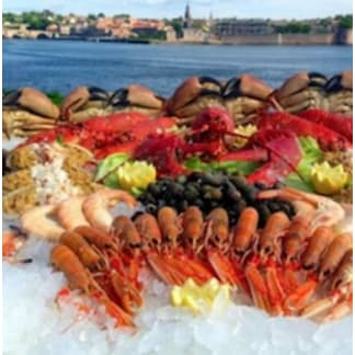 The Showcase Feast Seafood Platter for 12-16 people