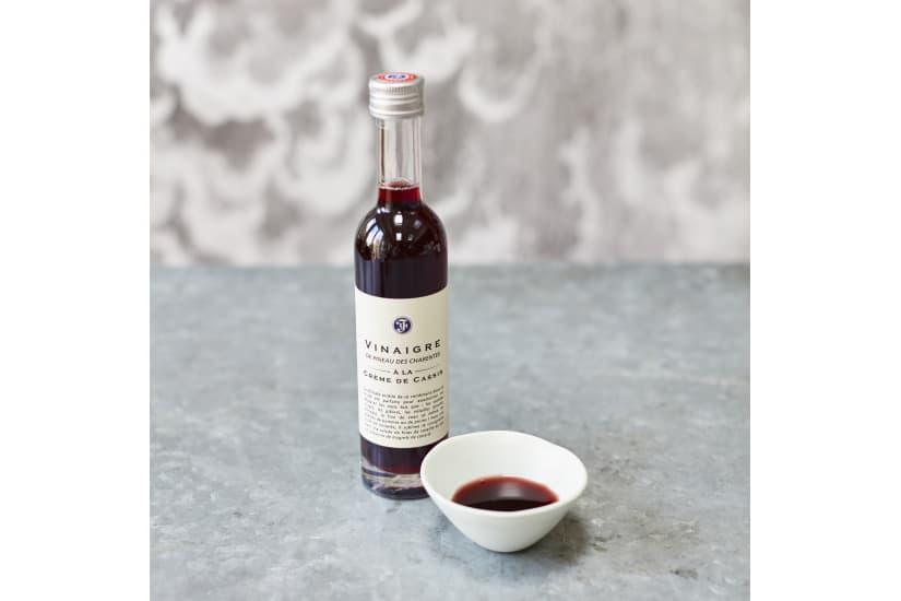 Blackcurrant vinegar