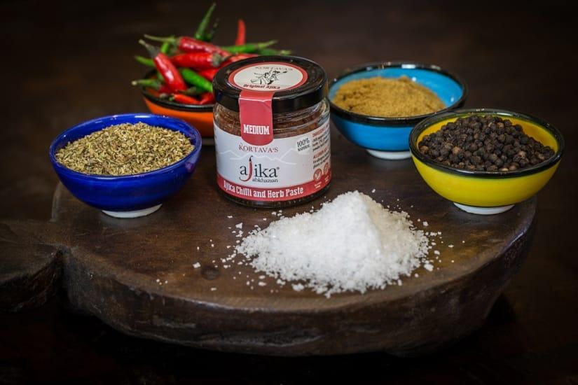 Ajika Medium Chilli & Herb Paste