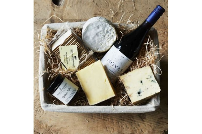Luxurious Treats - Cheese & Wine Hamper