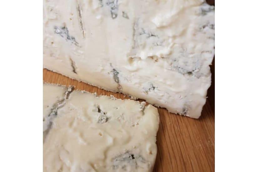 Gorgonzola Gran Riserva (dolce) Cheese