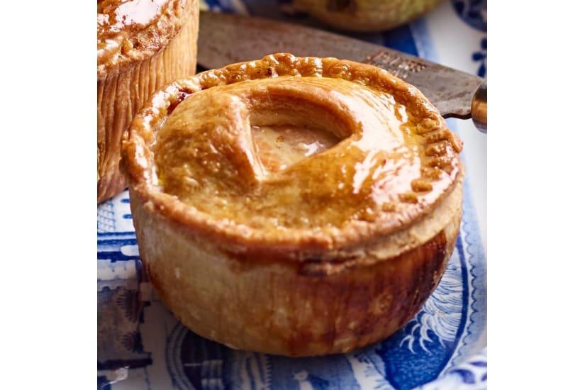 Pork, Pheasant & Caramelised Onion Large Pie