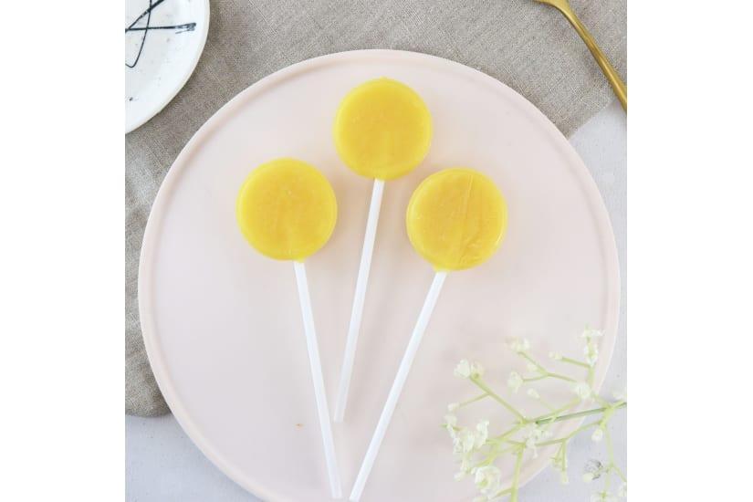 Salted Caramel Lollipops