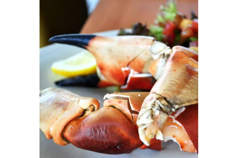 Jumbo Whole Cooked Crab Claws 2kg