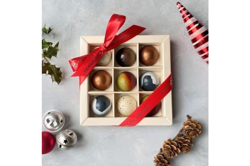 Couture Christmas Chocolate Box (9 Box)