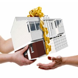 Где оформляется договор дарения доли квартиры