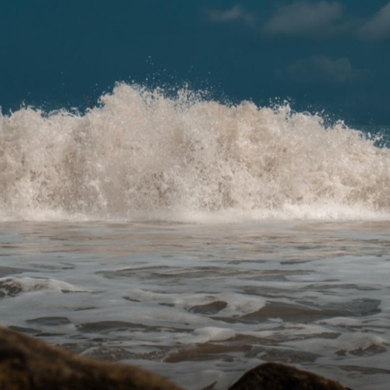 Deep Sleep With Relaxing Ocean Waves