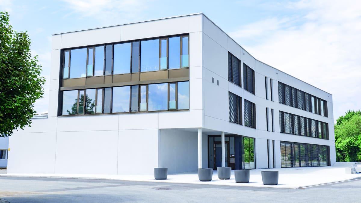 Max Frank GmbH & Co. KG