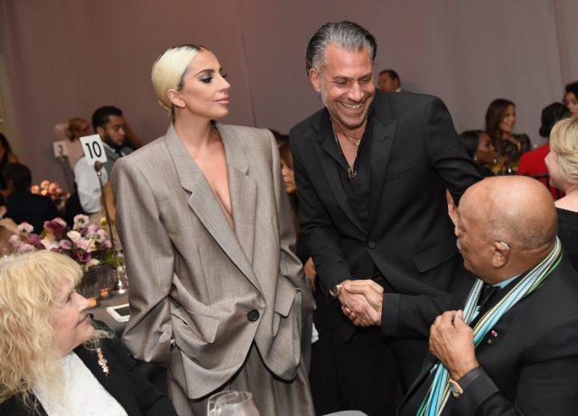 Почему Леди Гага разорвала помолвку с Крисианом Карино?