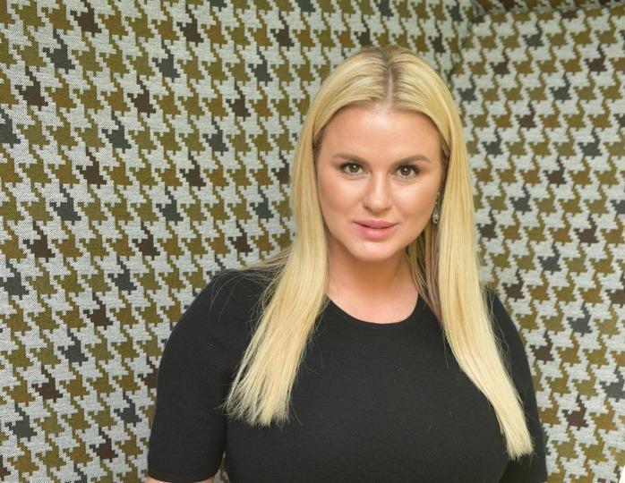 «Научиться ценить»: Анна Семенович истосковалась по привычной жизни
