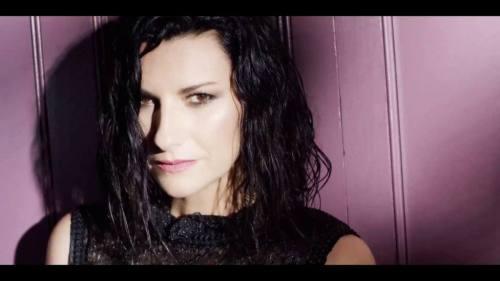 Laura Pausini ft Gente de Zona - Nadie Ha Dicho (Video Oficial) | Reggaeton
