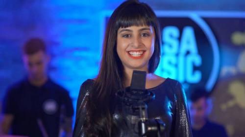 Luana - A Ella (Video Oficial) | Plena