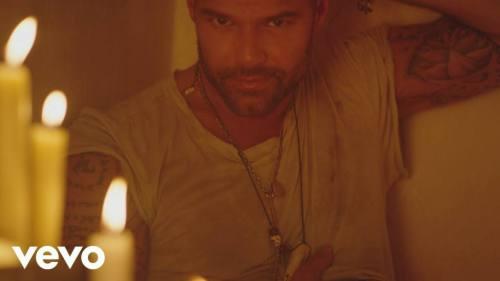 Ricky Martin ft Wisin y Yandel - Fiebre (Video Oficial) | Yandel