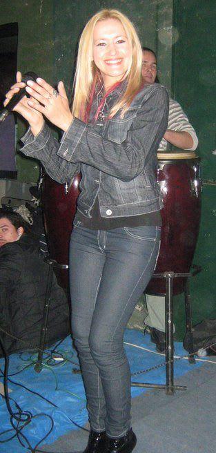 Mariana Melo y La Flor - Difusion   Cumbia