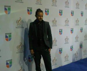 PINA RECORDS: Tony Dize Nominado En Premios Lo Nuestro | General