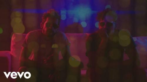 Mau y Ricky ft Becky G - Mal de la Cabeza (Video Lyric Oficial) | Becky G