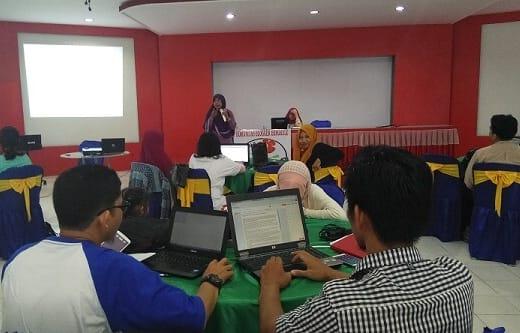 Kelas Blogger 3 Materi Review Produk