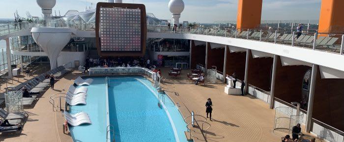 Otroliga restauranger, poolområden och sällskapsutrymmen utlovas