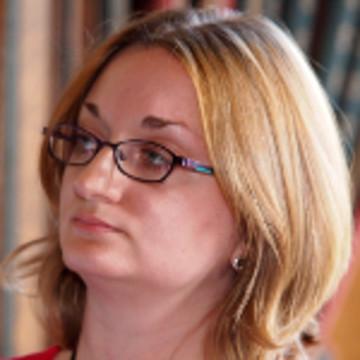 Elena Cooper