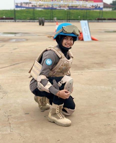 %name Viral, Brigadier Imah Beautiful Policewoman Looks Like Indonesian Artist Pevita Pearce