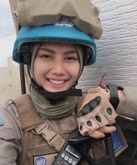 %name Viral, Briptu Imah Polwan Cantik Mirip Artis Indonesia Pevita Pearce
