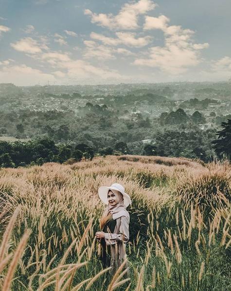 hipwee bukit wangun7 Bukit Wangun: Wisata Alam Bogor dengan Pemandangan Istimewa dan Instagramable Tentunya