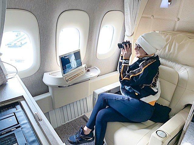 Jet pribadi2 Potret Kemewahan Artis Indonesia Diatas Jet Pribadinya