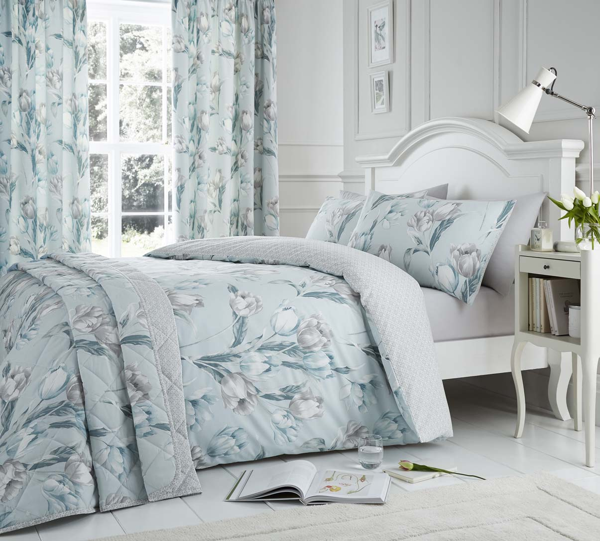 Dreams N Drapes Tulip Duvet Cover Set and Accessories