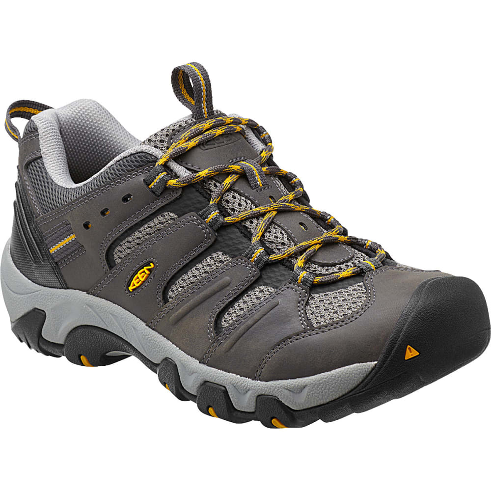 Best Hiking Shoes For Overpronation