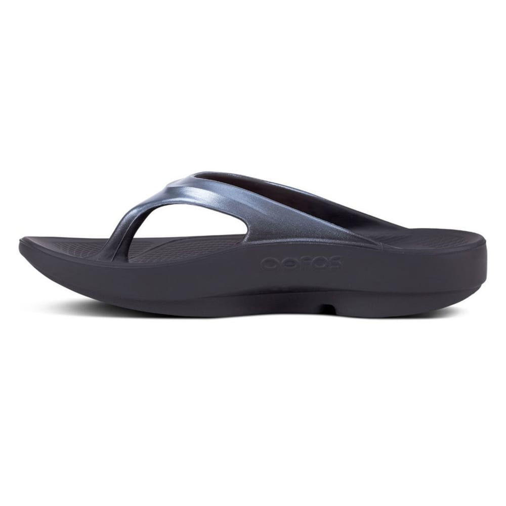 OOFOS Women's OOlala Thong Sandals - BLACK/GRAPHITE